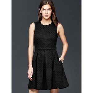 Gap Polka Dot Fit and Flare Dress Sleeveless Black